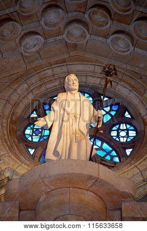 Inside The Cathedral Sagrada Familia Barcelona
