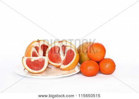 Fresh grapefruits and clementines