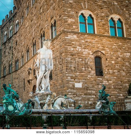 neptune statue florence