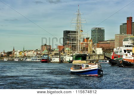 Boat On Elbe River Near  Saint Pauli - Landungsbrucken, Hamburg,