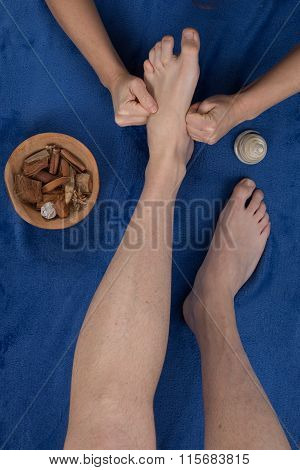 Reflexology Foot Massage, Spa Foot Treatment,