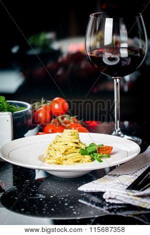 Pasta Spaghetti With Pesto