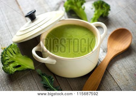 Fresh broccoli soup
