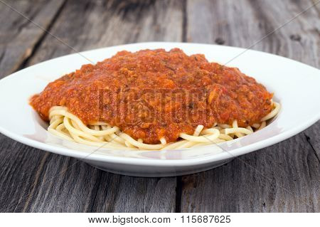 Spaghetti With Tomato And Meat Sauce