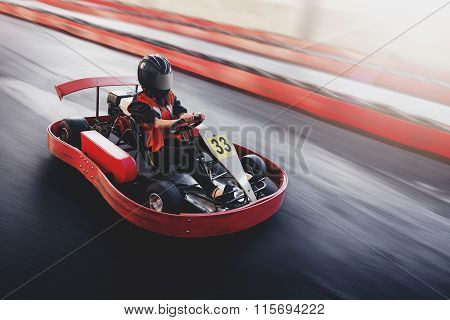Go Kart Speed Ride Indoor Opposition Race