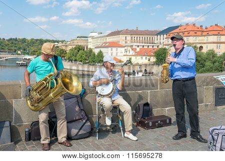Buskers Playing  On The Famous Charles Bridge - Prague
