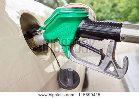 Pistol Grip Filling Car Tank With Gasoline
