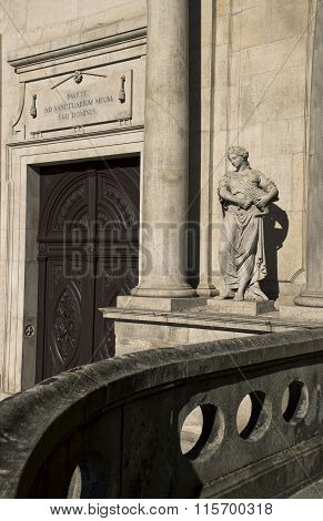 A Statue Of The Church Of Saint Francis, Igreja S. Francisco, In Porto, Portugal