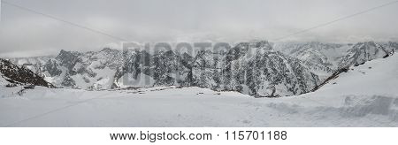 Panoramic view of the mountains