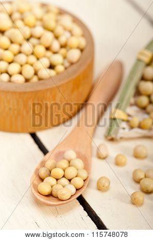Organic Soya Beans