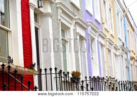 Notting   Hill    In London  Suburba   Liliac   Wall