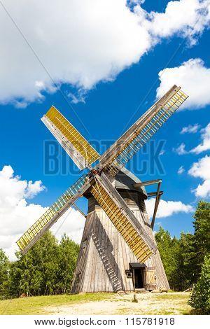 windmill, Kaszubski ethnographic park in Wdzydzki Park Krajobrazowy, Pomerania, Poland