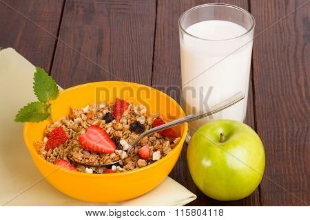 muesli with strawberries, apple