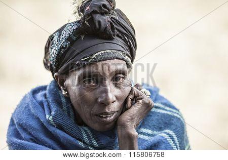 JELDU GOJO, ETHIOPIA-NOVEMBER 5, 2014:Portrait of an unidentified Oromic woman in the highlands of Ethiopia