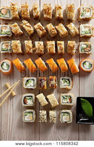 Set of Maki Sushi