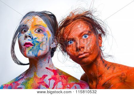 Girls With Painted Faces, Body Art