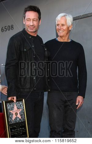 LOS ANGELES - JAN 25:  David Duchovny, Chris Carter at the David Duchovny Hollywood Walk of Fame Star Ceremony at the Fox Theater on January 25, 2016 in Los Angeles, CA