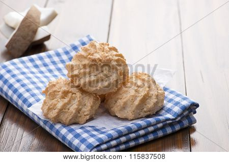 Coconut Cookies with Space