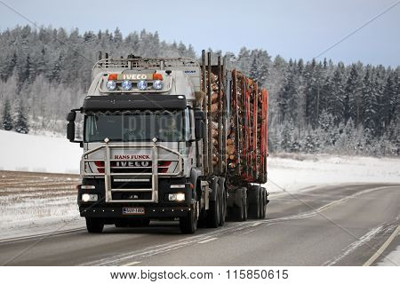 Iveco Trakker 500 Logging Truck Hauls Timber In Winter