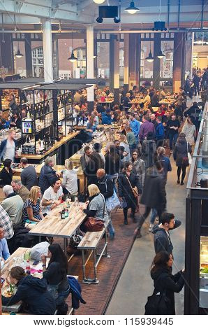 The Busy Food Hallen