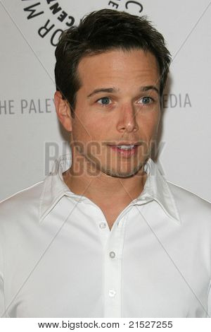 THOUSAND OAKS - JUN 11: Scott Wolf at the Paley Center for Media Fifth Annual Celebrity Golf Classic held at the exclusive Sherwood Country Club in Thousand Oaks, California on June 11, 2007