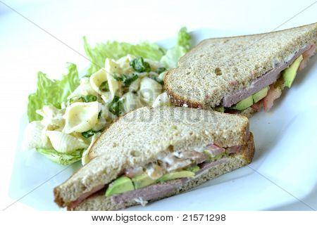 liverwurst Sandwich/Pasta Salad