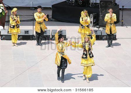 Azerbaijan Dance