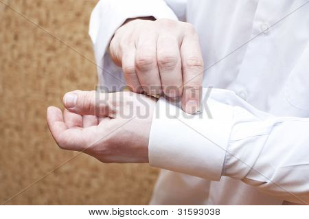 The Man Clasps Cuff Links