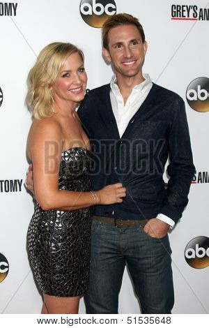 LOS ANGELES - SEP 28:  Jessica Capshaw, Christopher Gavigan at the Grey's Anatomy 200th Show Party at The Colony on September 28, 2013 in Los Angeles, CA