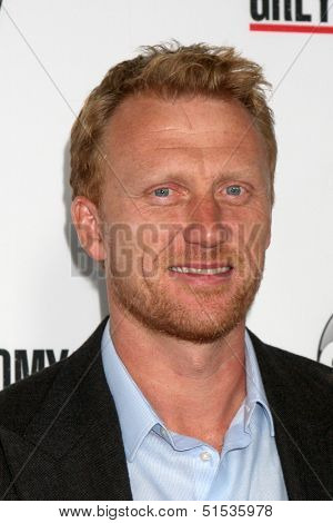 LOS ANGELES - SEP 28:  Kevin McKidd at the Grey's Anatomy 200th Show Party at The Colony on September 28, 2013 in Los Angeles, CA