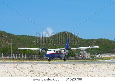 Winair DHC-6 aircraft landed at St Barths airport