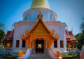 foto of lingam  - The North of Thailads style of temple - JPG