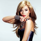 picture of silver-hair  - Portrait of a beautiful fashion woman with bright makeup - JPG