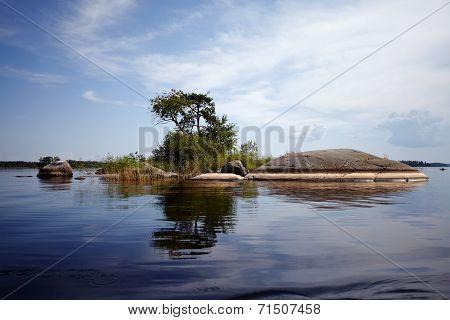 Island In The Lake.