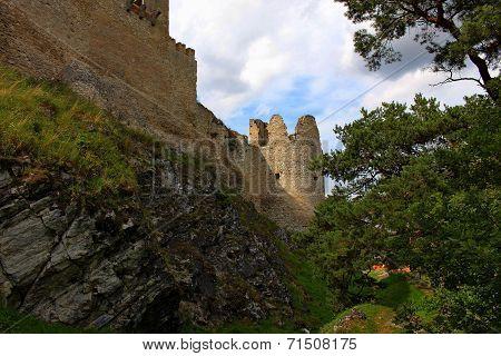 Rabi Castle