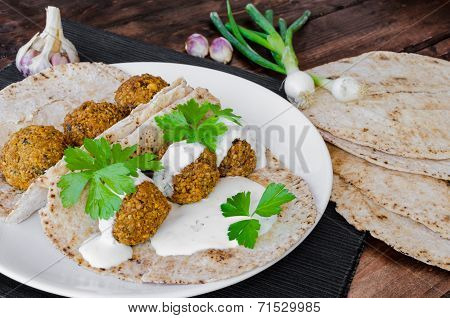 Chickpea Falafel With Lebanese Bread
