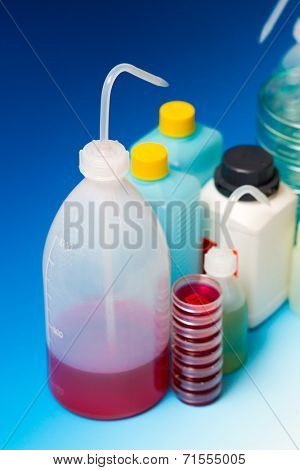 laboratory Wash Bottles for science experiment, dispensing bottles