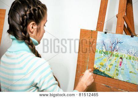 Girl Artist