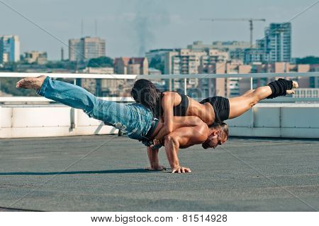 Couple yoga