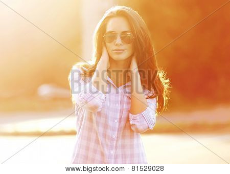Summer, Fashion And People Concept - Beautiful Sensual Woman In Sunglasses Outdoors Posing On Evenin