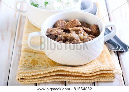 Beef Pieces In Gravy