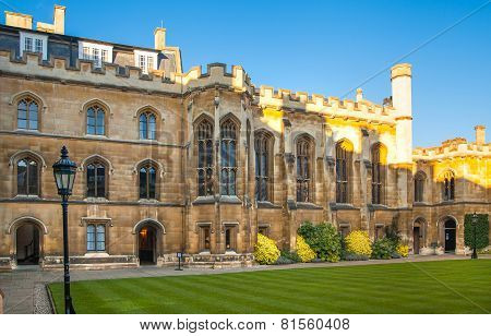Corpis Christi University college (1352). University of Cambridge