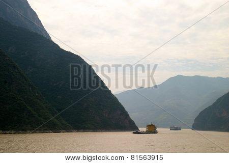 River Yangtze Chongching Wuhan With Mountain