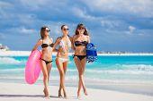 image of lifeline  - Three young beautiful girls  - JPG