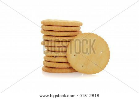 small round cracker