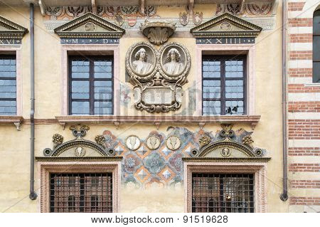 Facade Carved And Painted
