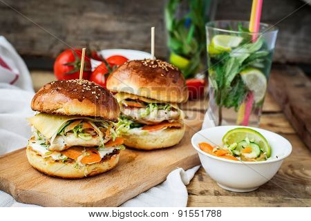 Burgers With Chicken And Stuffed  Juicy With Cucumber, Carrots And Cabbage. Vintage Style