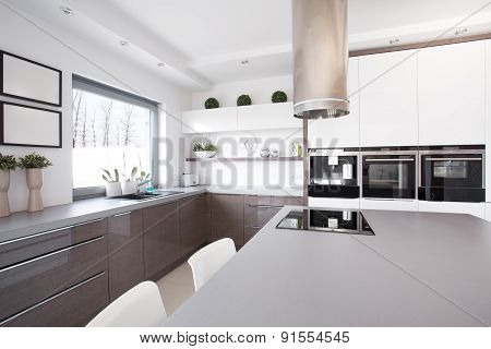 Kitchen With Big Cooking Space