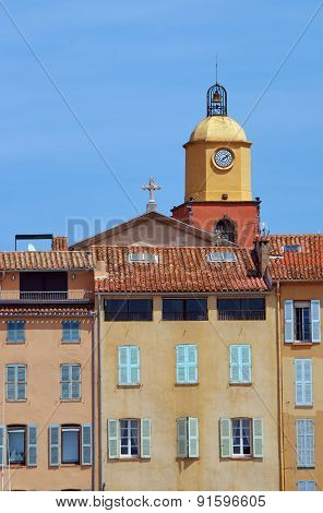 Tenement houses and church in the port of Saint-Tropez