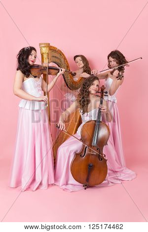 string quartet with harp cello and violins